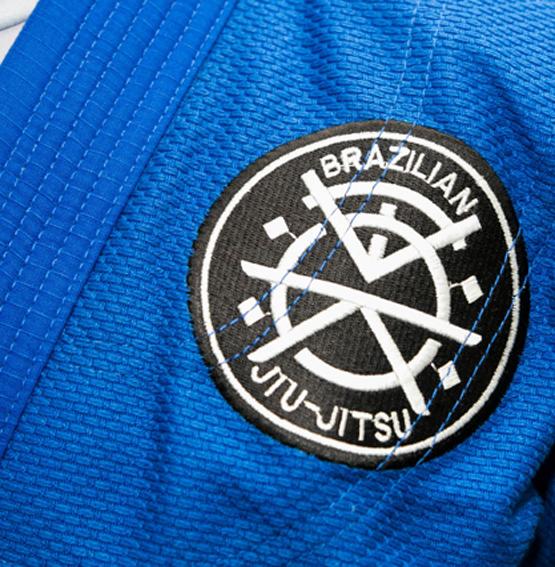 detalhe logotipo vestuario
